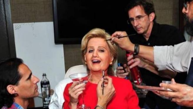 Katy Perry, disfrazada de Hillary Clinton para Halloween.
