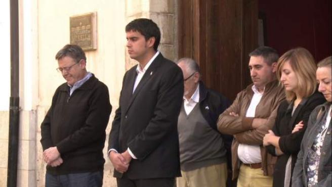 Puig durante el minuto de silencio en Morella