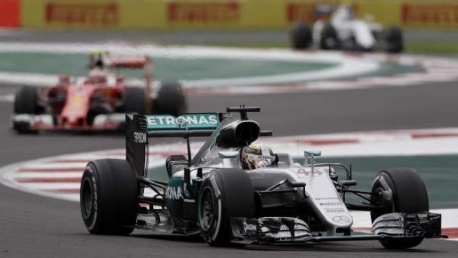 Lewis Hamilton, rodando en su Mercedes en el GP de México.
