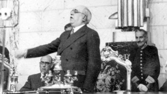 El presidente de la República Española, Manuel Azaña, durante el discurso que pronunció en el Ayuntamiento de Valencia.