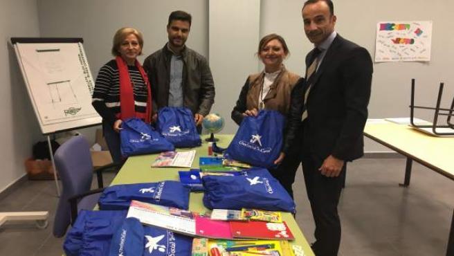 Caixa entrega material escolar al Ayuntamiento de Jaén