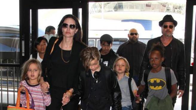 Brangelina y sus seis hijos.