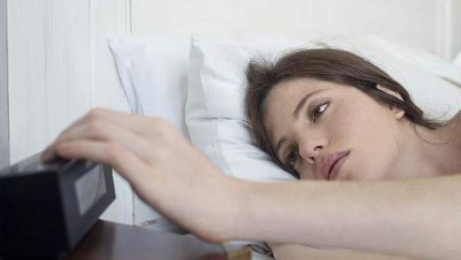 La privación del sueño afecta a lo que comemos al día siguiente.