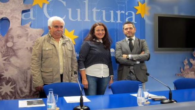 Víctor Moro, María Dolores De La Fuente Y Julio López, De Izquierda A Derecha,