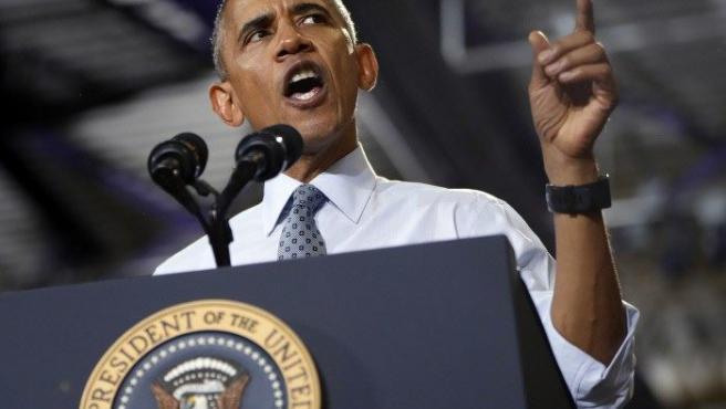 El cuadragésimo cuarto y último presidente de los EE UU (2009-2016). Barack Obama ha sido el primer presidente negro. Ha tenido que hacer frente a la Crisis del Crédito. En 2008 ganó el Premio Nobel de la Paz. Una de sus propuestas electorales fue cerrar Guantánamo, pero no la llegó a cumplir.