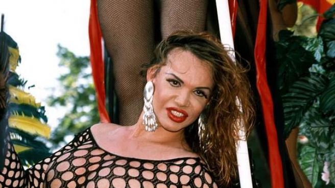 La Veneno en la Cabalgata del Orgullo Gay de 2001.