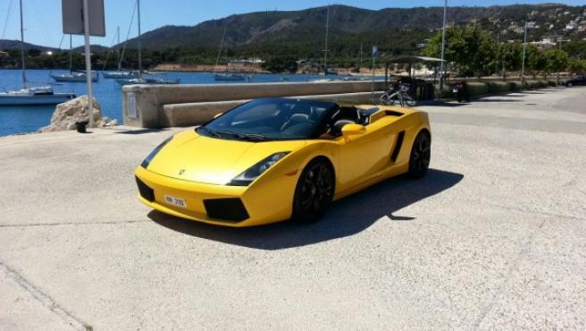 El Lamborghini con matrícula NW-2192 en el puerto de Palma de Mallorca.