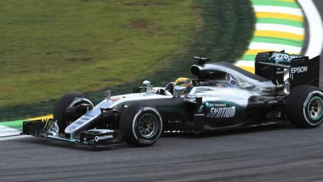 El piloto inglés de Mercedes Lewis Hamilton, en el GP de Brasil de Fórmula 1.