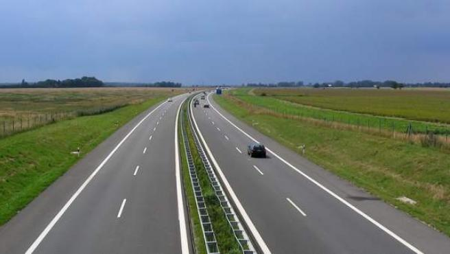 Imagen de la autovía A-20 a su paso por Langsdorf, Alemania.