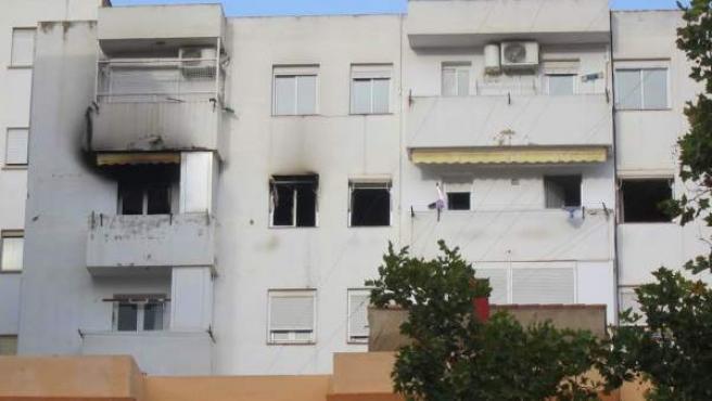 Fachada del edificio en el que se ha producido la explosión de gas.