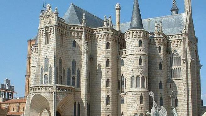 El Palacio Episcopal, emblema de Astorga, es obra de Gaudí.