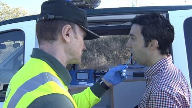 En 2015 se hicieron en España 76.040 tests de drogas a conductores, según datos recogidos por el estudio de Línea Directa.