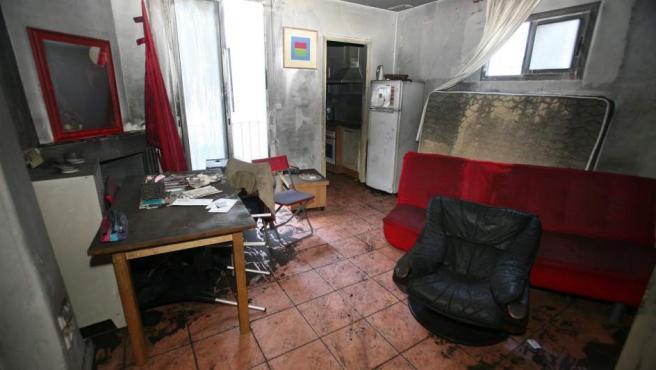 Imagen del interior del piso de Reus donde vivía la víctima mortal del incendio.
