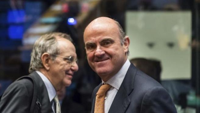 De Guindos, durante una reunión en el Eurogrupo.