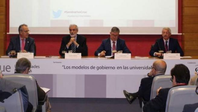Seminario celebrado en Comillas con la presencia de la Conferencia de Rectores de las Universidades Españoles (CRUE).