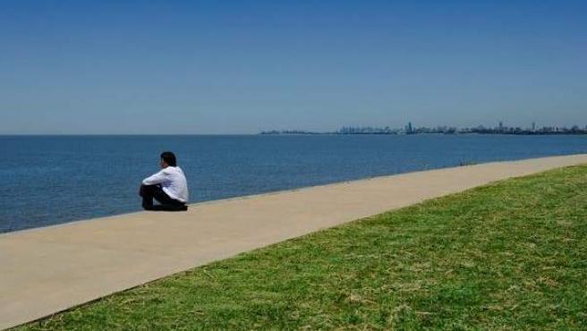 Un estudio revela que las personas más inteligentes necesitan estar en soledad.