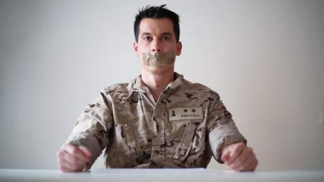 El teniente Segura.