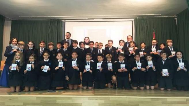 Fwd: NP. Los Alumnos De St. Mary's School Presentan El Libro 'El Sueño Que Salvó