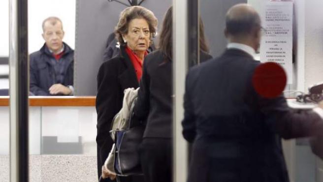 La senadora y exalcaldesa de Valencia por el PP, Rita Barberá, a su llegada a la sede del Tribunal Supremo el pasado lunes.