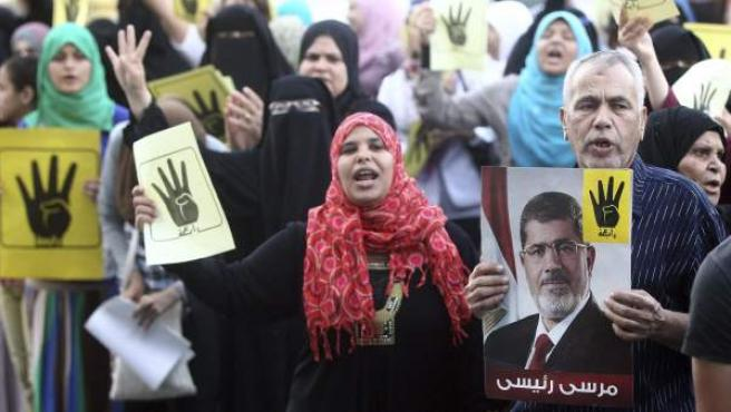 Imagen de una reciente manifestación en apoyo a Mohamed Morsi en el Cairo.