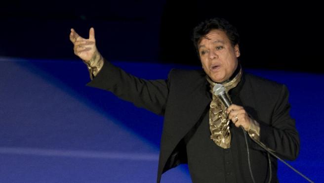 El cantante Juan Gabriel.