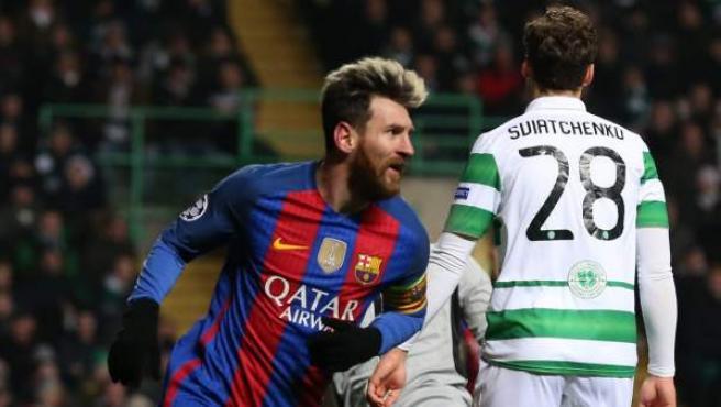 Leo Messi celebra su gol ante el Celtic Glasgow.
