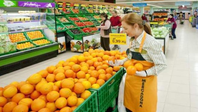 Sección fruta y verdura en una tienda de Mercadona