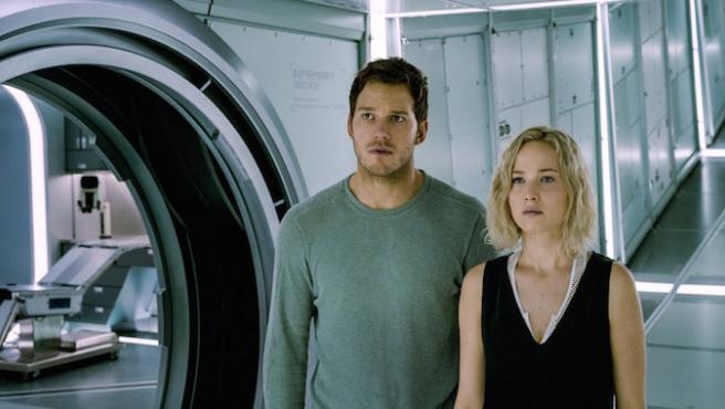 Jennifer Lawrence y Chris Pratt tienen nuevo tráiler de 'Passengers'