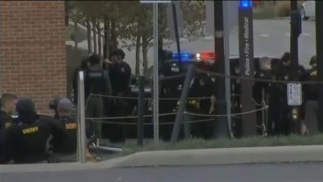 Once heridos en un ataque en la Universidad de Ohio y el agresor, abatido.