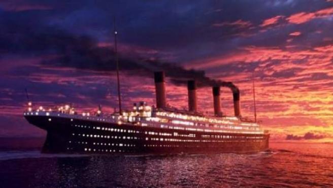 El Titanic se hundió en 1912 después de golpear un iceberg.