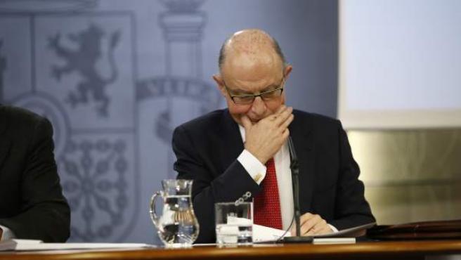 El ministro de Hacienda, Cristóbal Montoro, tras el Consejo de Ministros del pasado 2 de diciembre.
