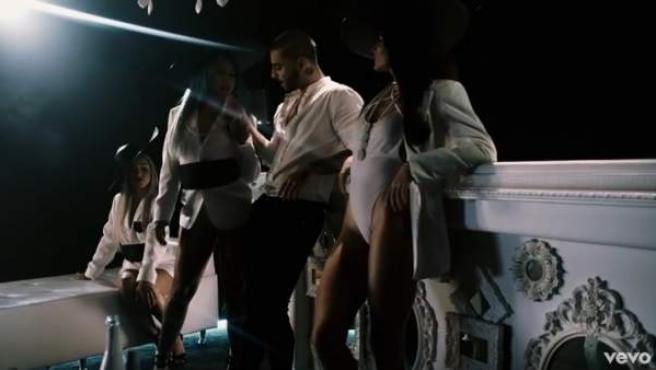 Maluma en el videoclip de su polémica canción 4 Babys.