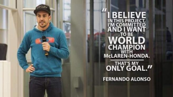 Imagen de Fernando Alonso publicada por McLaren en la que aparecen sus declaraciones reafirmando su compromiso con el equipo.