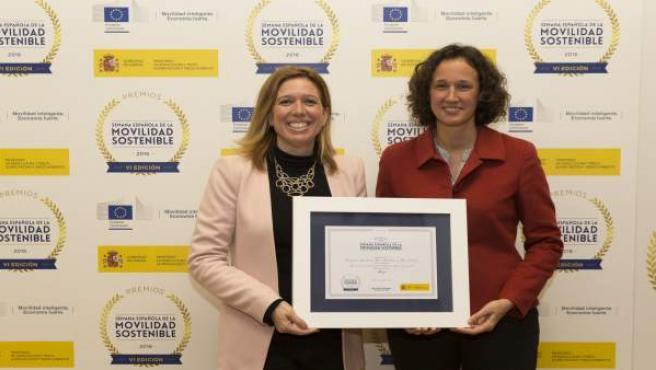 Elvira Maeso recoge un galardónen para el Ayuntamiento en Madrid