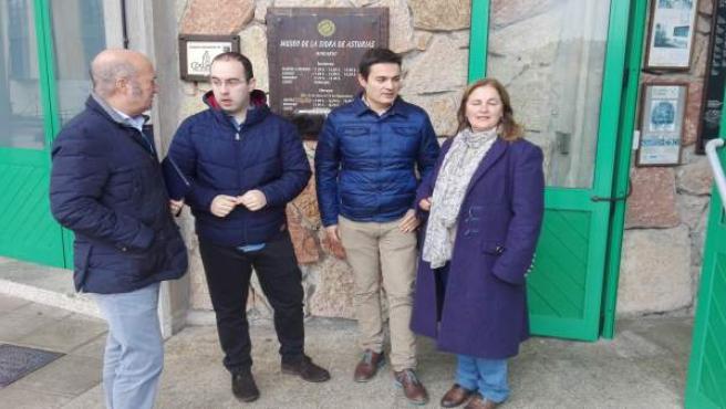 Diputados del PP de Asturias en el Museo de la Sidra