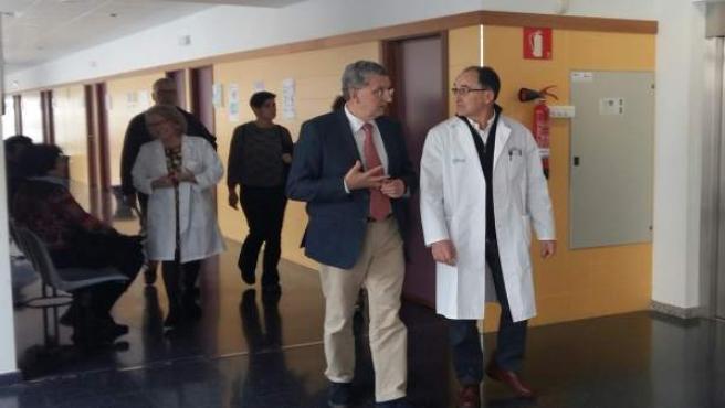 Celaya visita el centro de salud Pirineos de Huesca