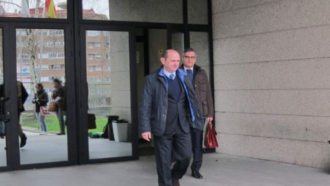 Louzán en los juzgados de Vigo citado por la Patos