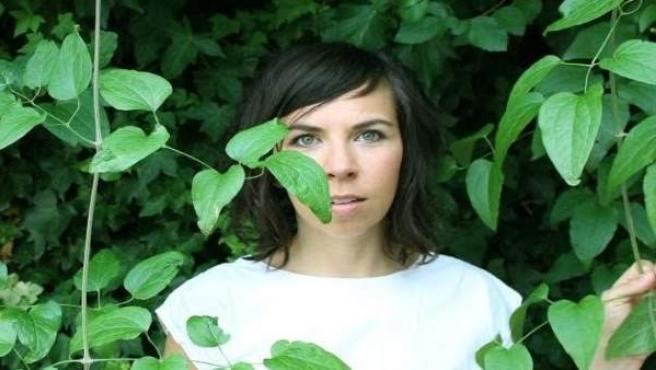 La artista y compositora Ashley Paul