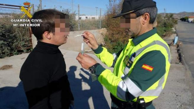 Control de alcoholemia de la Guardia Civil