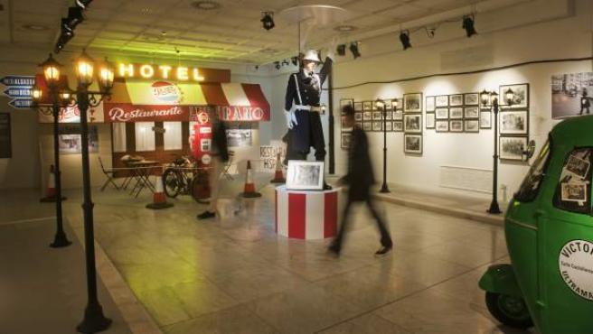 Vitoria - Gasteiz. 21-12-2016. Exposición en la Sala Fundación Vital 'Paaarisie