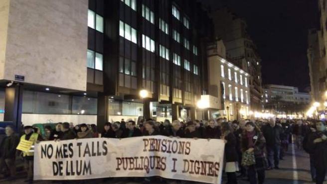 La protesta ha recorrido el centro hasta la sede del Gobierno central