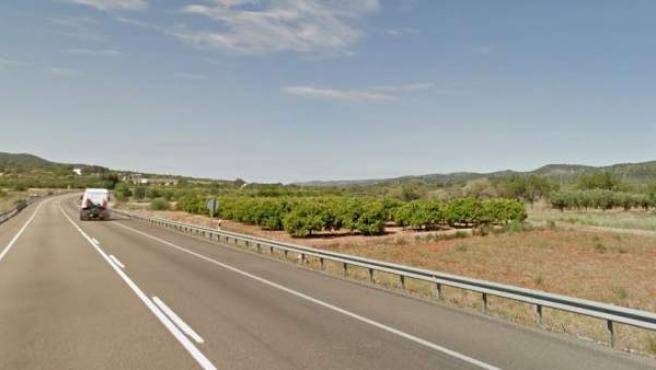 Imagen de la carretera nacional 340 a su paso por la localidad castellonense de Santa Magdalena de Pulpis.
