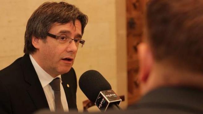 Carles Puigdemont, en Equinox Radio.