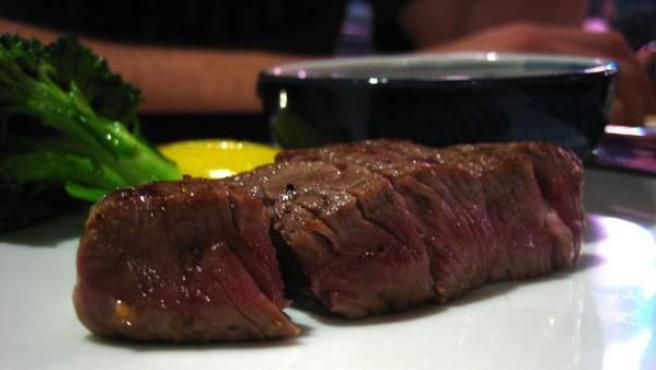 Un plato de jugosa carne de Kobe.