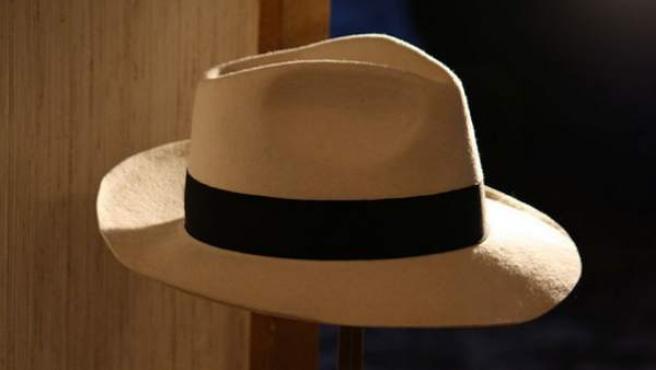 El sombrero que ha sido subastado este miércoles por 10.000 euros.