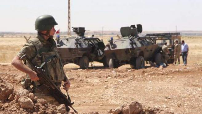 El grupo terrorista Estado Islámico (EI) ataca el enclave kurdo sirio de Kobani, donde las fuerzas kurdas tratan de frenar a los radicales.