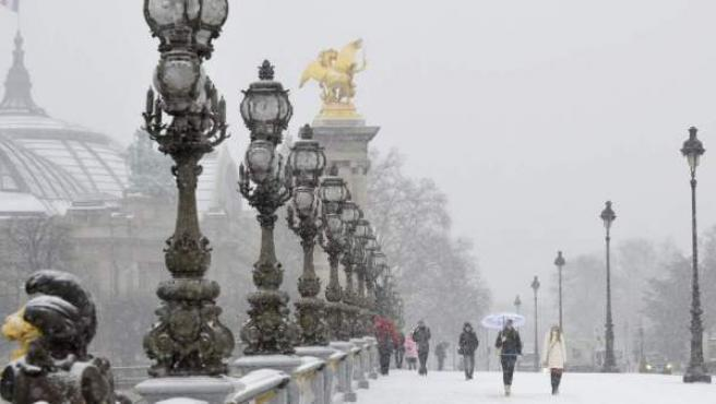 Nieve en París, en una imagen de archivo.