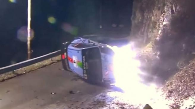 Accidente de Hayden Paddon en Montecarlo.