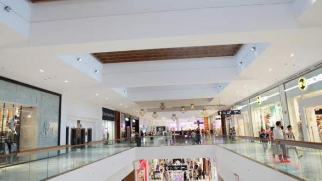 Los Arcos cuenta con una diferenciada oferta dentro del retail de la ciudad.