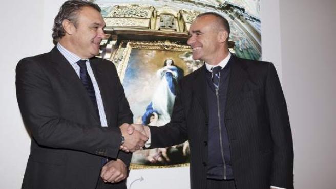 Antonio Muñoz, con presidente de la Confederación Española de Agencias de Viaje